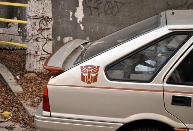 Tarani fara frontiere (53): Polonez FSO Autobot