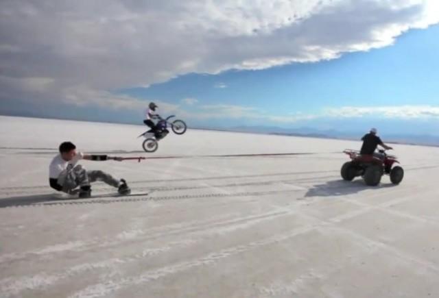 VIDEO: Cu snowboardul pe platoul de sare din Bonneville