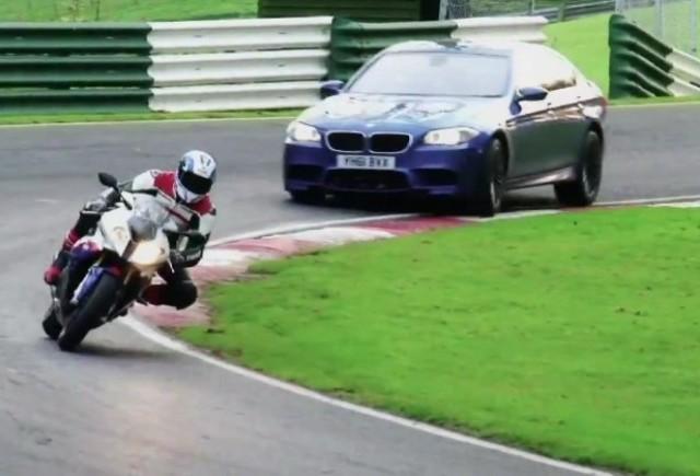 VIDEO: BMW M5 se dueleaza cu S 1000 RR