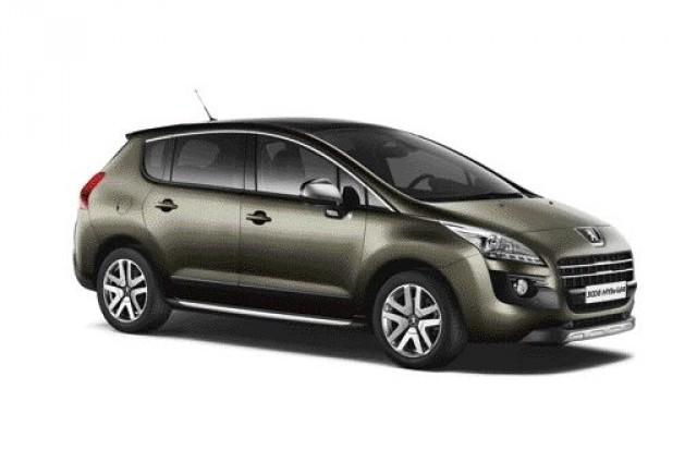 """Peugeot 3008 HYbrid4 castiga """"Volanul de aur"""" in Germania"""