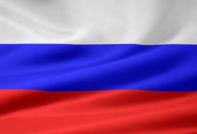 VIDEO: Rusii sunt inventivi - Cheie fixa pe post de volan