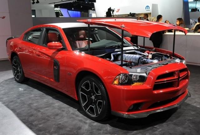 Detroit 2012: Dodge Charger Redline