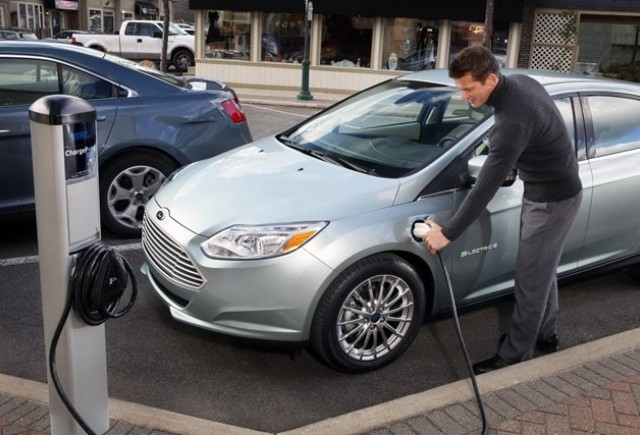 Ford cucereste piata cu motorul Eco-boost