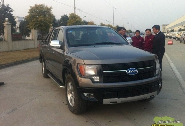 JAC China cloneaza camioneta Ford F-150