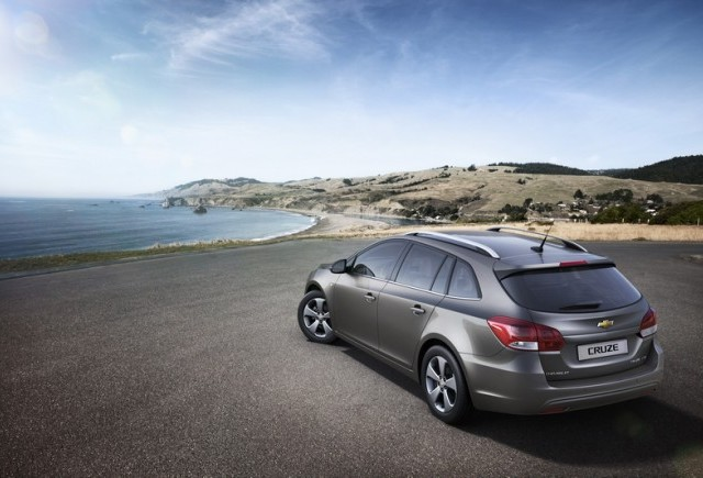 Premiera mondiala a modelului Chevrolet Cruze station wagon