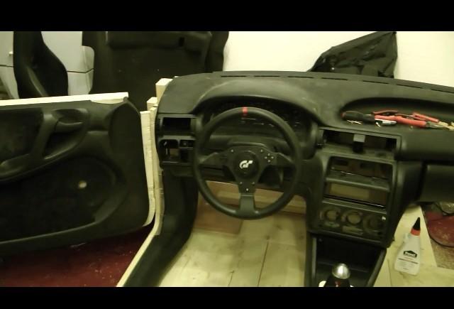 VIDEO: Cum sa-ti faci un cockpit pentru jocuri