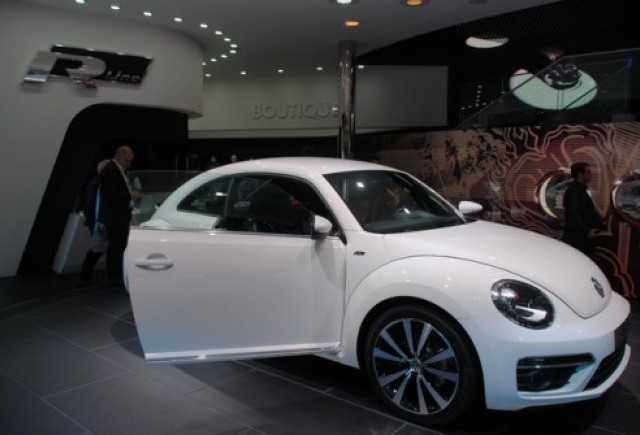 GENEVA 2012 LIVE: Volkswagen R-Line