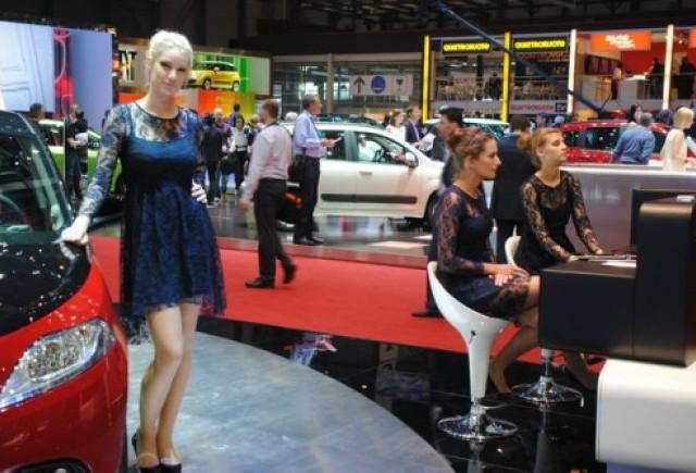 GENEVA 2012 LIVE: Fetele de la Salonul auto (partea 2)