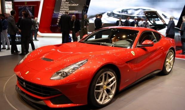 Ferrari F12 Barlinetta 2012 - Prima reclama oficiala