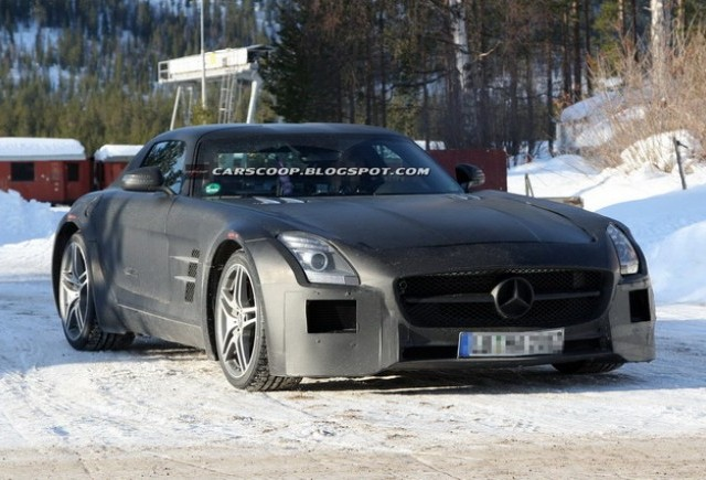 Imagini spion cu Mercedes-Benz SLS AMG Black Series Edition