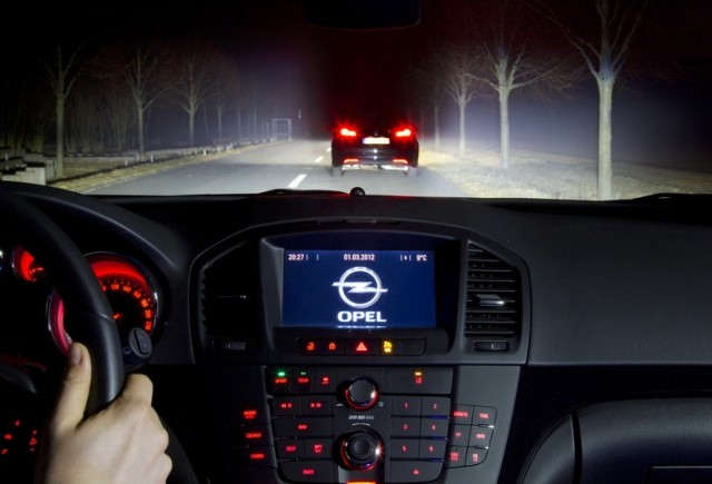 Opel revolutioneaza sistemele de iluminare din industria auto