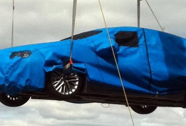 Lexus continua sa ne prezinte imagini cu ES Sedan 2013
