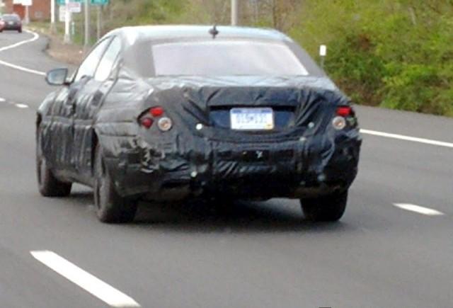Imagini spion cu Mercedes-Benz S-Class 2014