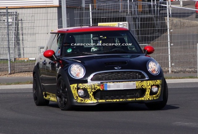 Imagini spion cu MINI Cooper S JCW GP Limited Edition