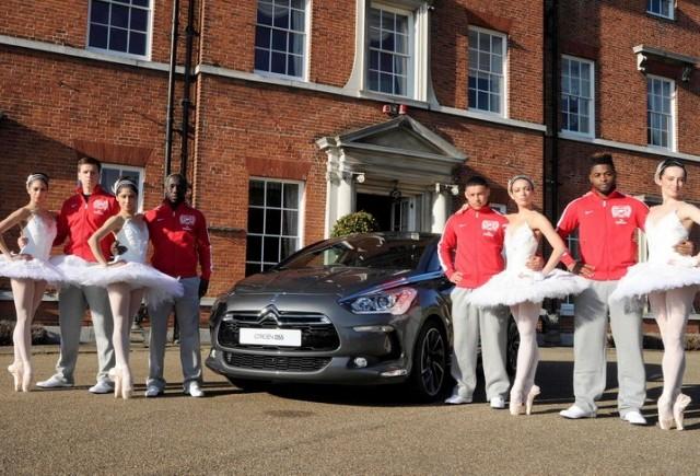 Jucatorii Arsenal Londra fac balet pentru Citroen DS5
