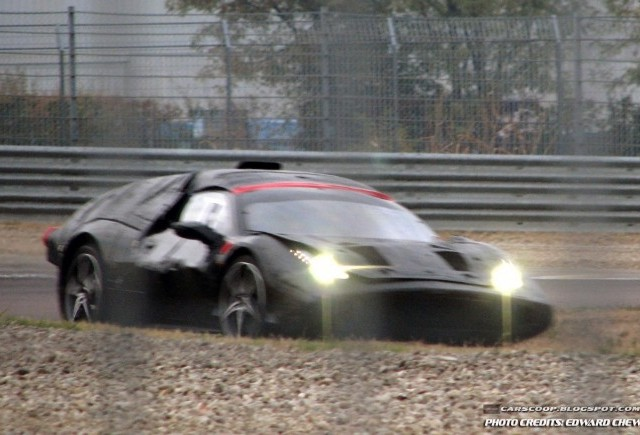 Un posibil inlocuitor pentru Ferrari Enzo