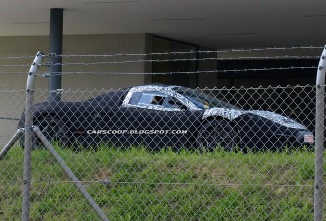 Imagini spion cu succesorul lui McLaren F1