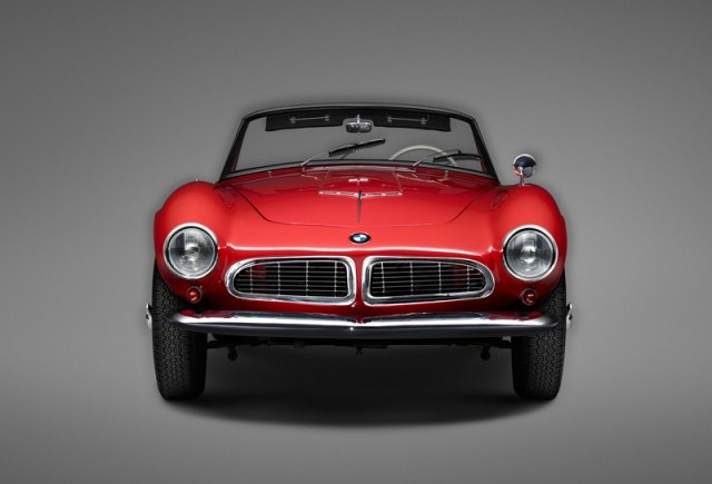 Colaborare BMW Group cu galeria LUMAS