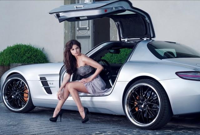Sesiune foto cu Mercedes SLS AMG