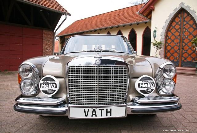 TUNING: Cei de la VATH si-au pus amprena pe Mercedes 300 SEL