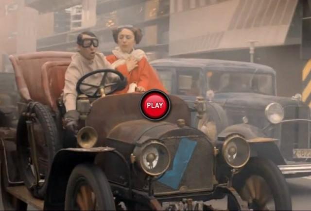 VIDEO: Un spot publicitar inedit - Masinile trecutului in lumea viitorului