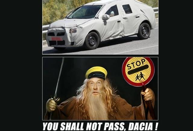 Puterea plasticului ni se arata intr-un material video spion cu Dacia Logan 2