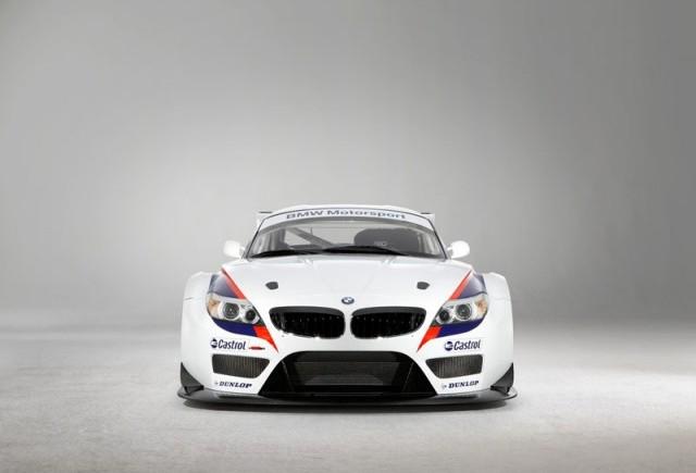 Sapte modele BMW Z4 GT3 iau startul in cursa de 24 de ore de la Spa-Francorchamps