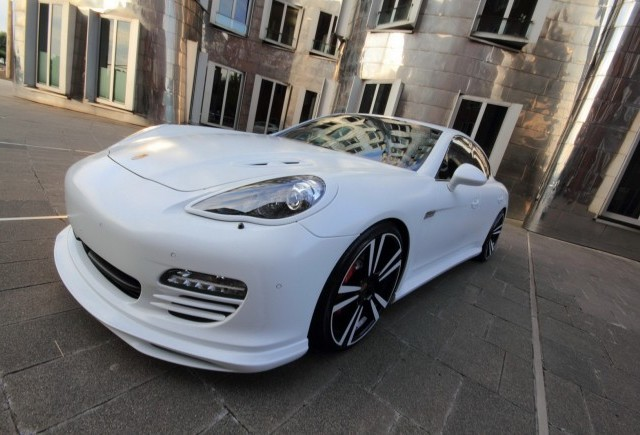 TUNING: Un nou program de tuning pentru celebrul Porsche Panamera GTS