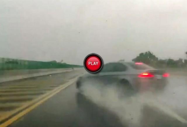 VIDEO: Nu a adaptat viteza la conditiile de vreme si a facut
