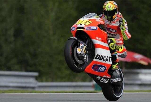 E oficial, Valentino Rossi a semnat cu Yamaha