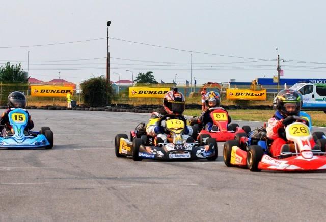 Răsturnări de situaţie în a V-a etapă a CNK Dunlop 2012