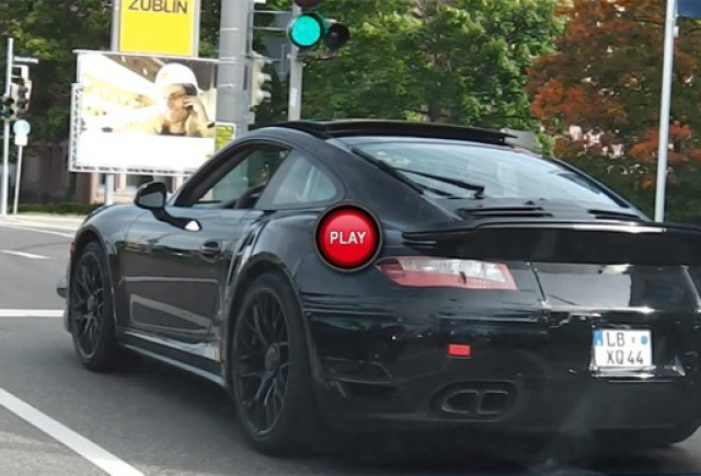 VIDEO-SPION: Noul Porsche 911 Turbo surprins aproape fara camuflaj