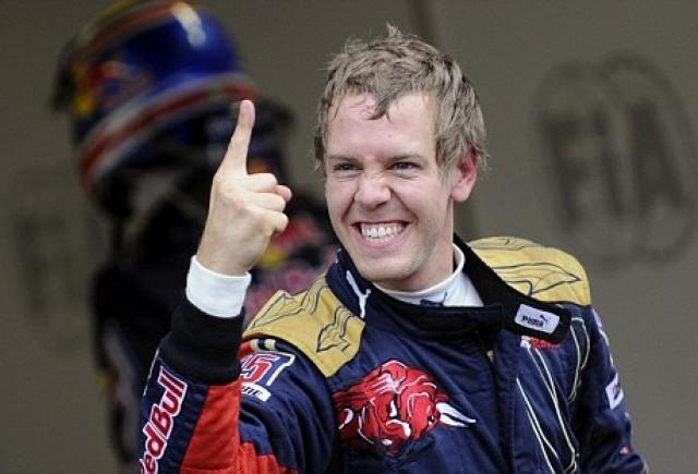 Vettel castiga la Suzuka si se apropie de Alonso