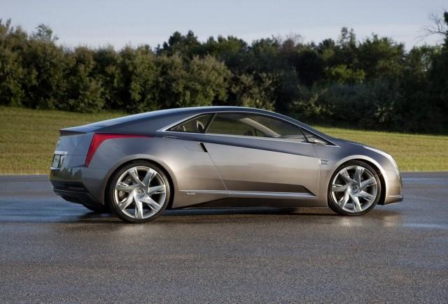 Imagini oficiale cu Cadillac ELR