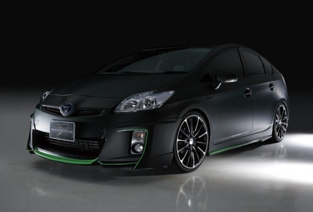 TUNING: Wald International modifica Toyota Prius