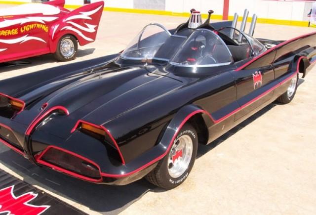 Primul Batmobil este scos la vanzare