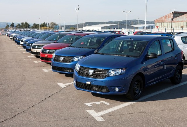 Peste 6 milioane de metri cubi de componente exportate de Dacia in 7 ani