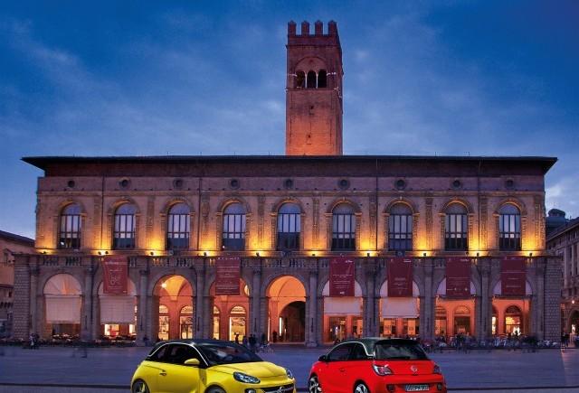 Opel ADAM îmbină moda şi tehnologia la debutul pe piaţa italiană