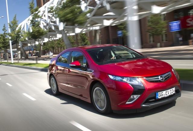 Opel Ampera, modelul electric nr. 1 de peste zece luni