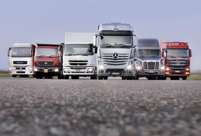 Daimler Trucks îşi demonstrează capacitatea de a combate criza