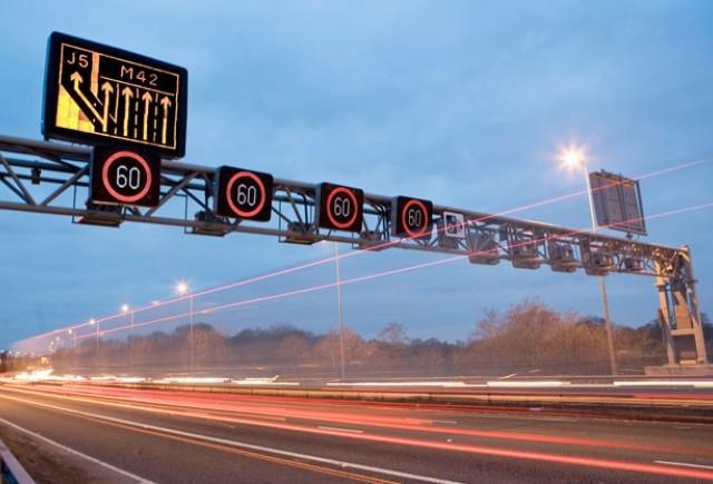 Mii de amenzi de circulatie revocate in Marea Britanie