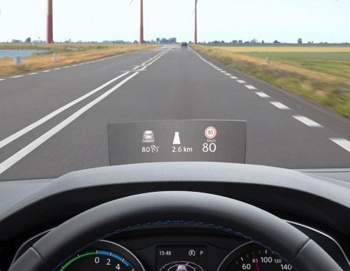 Head-Up Display va fi disponibil pe Volkswagen Passat