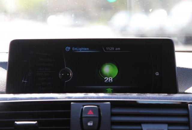 Aplicaţia care oferă informaţii în timp real despre evoluţia culorii semaforului