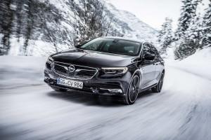 Tracțiune integrală cu vectorizarea cuplului pentru noul Opel Insignia
