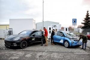 """Proiectul de cercetare """"FastCharge"""": tehnologia de încărcare ultrarapidă cu o putere de până la 450 kW"""