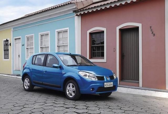 Dacia Logan - Adversarul mioritic a lui Fiesta!