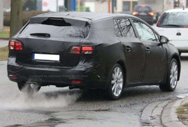 Toyota Avensis - Primii pasi timizi...