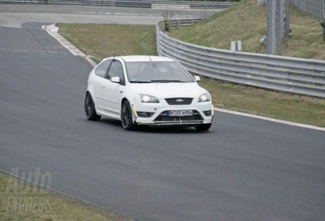 Ford Focus RS - Tensiunea creste!