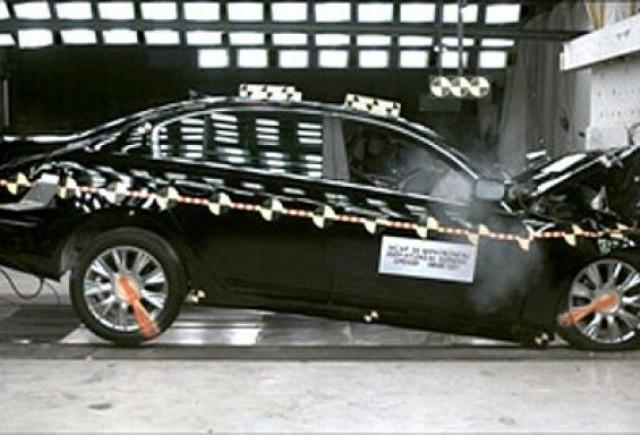 Hyundai Genesis - Olimpicul sigurantei!