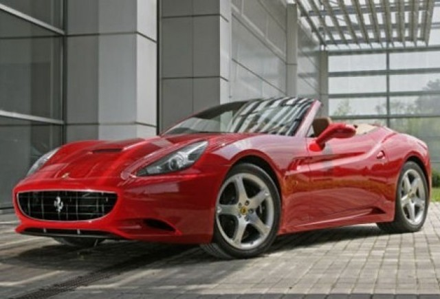 Ferrari California - O demonstratie impresionanta via Autocar!